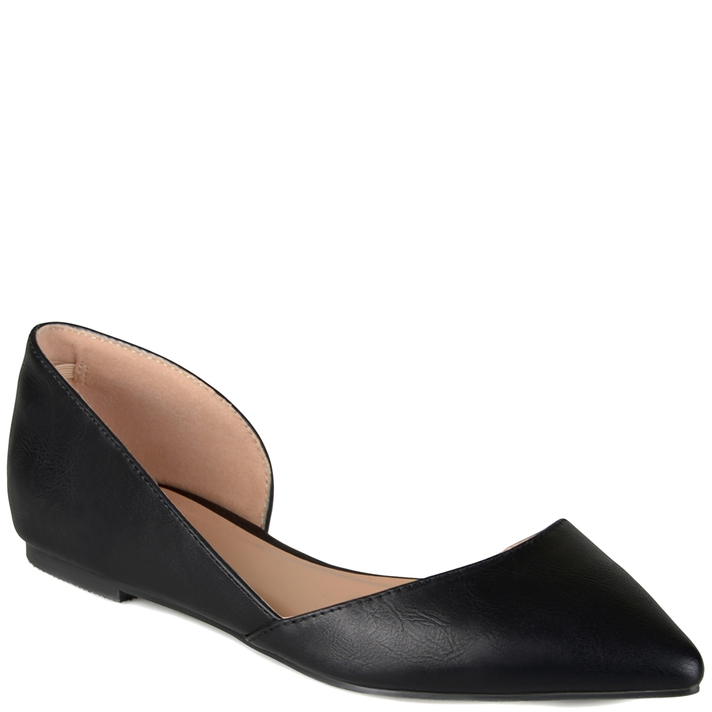 Journee Collection Cortni Pointed Toe
