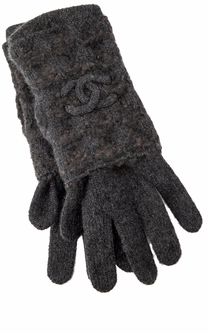 9aaecab535 Pre-Owned Chanel Cashmere Silk Gloves Other Accessories